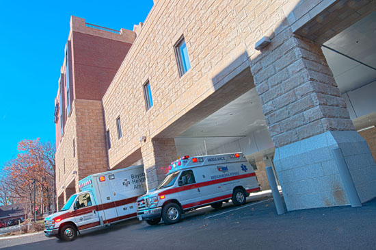 Ten covered ambulance bays provide added access and immediate transfer of patients to Emergency & Trauma.